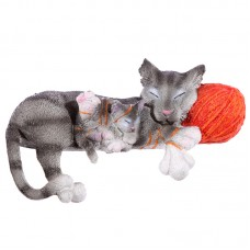Decorative Small Cat and Kitten with Wool Ball Figurine